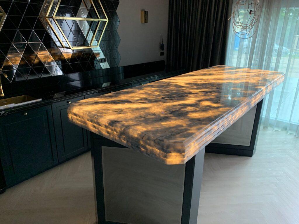Stół-01